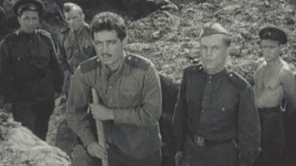 THERE WILL BE NO LEAVE TODAY / СЕГОДНЯ УВОЛЬНЕНИЯ НЕ БУДЕТ (1959, USSR, 47')